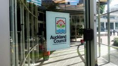 Auckland Council's working on a better way to tell people its beaches are safe (NZTB)