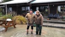 'Words can't describe it': Farmers return home after flooding