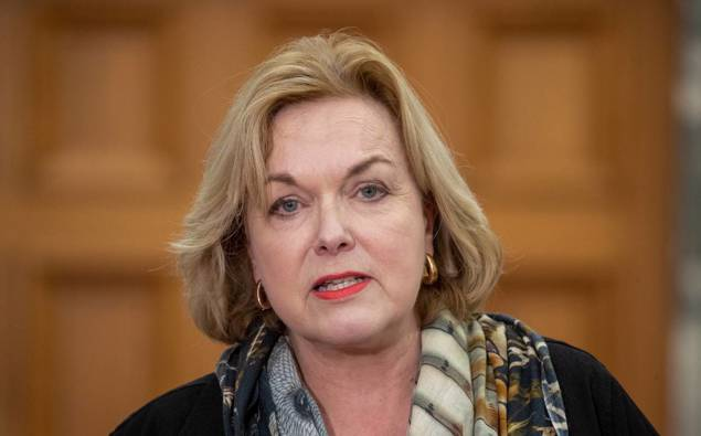Judith Collins: National pushes for Auckland reopening after record 102 new cases
