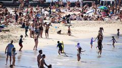 Coogee Beach was packed on Sunday despite being in Covid-19 lockdown. (Photo / NCA NewsWire)
