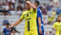 Wellington Phoenix keep A-League playoff hopes alive