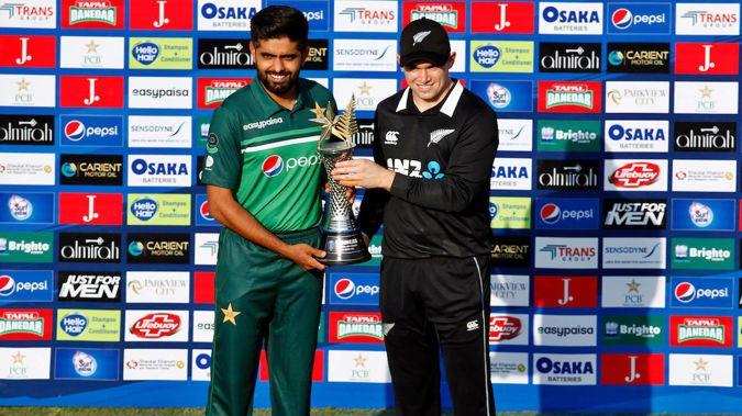 Pakistan captain Babar Azam and New Zealand captain Tom Latham. (Photo / Photosport)