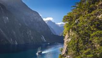 Milford Sound master plan: Entry fee for overseas visitors?