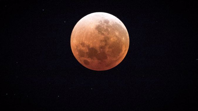 The Marcus Lush blood supermoon special