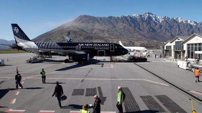 The New Zealand Government has given an extension to Queenstown Airport to continue repatriation services until midnight tomorrow. (Photo / File)
