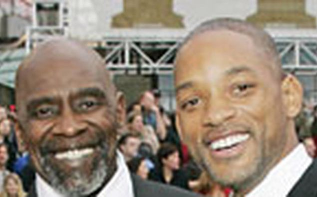 Chris Gardner and Will Smith, who played the part of Gardner in 'The Pursuit of Happiness.' (Photo / Reuters)
