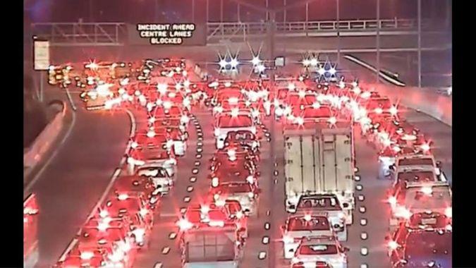12-vehicle crash blocks Auckland motorway, patient critical