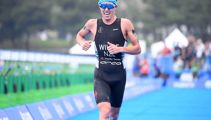 Emotional Hayden Wilde dedicates medal to dad 'who never saw me race'