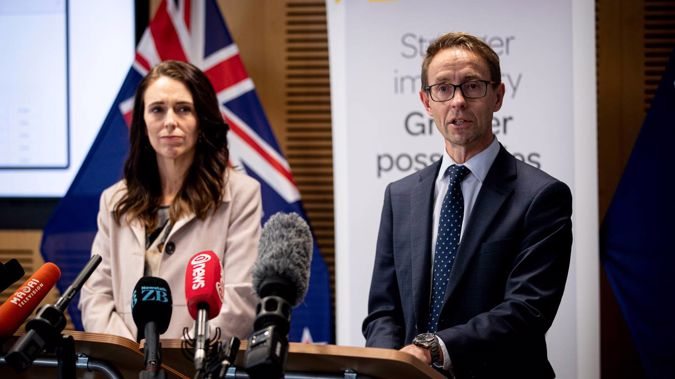 Prime Minister Jacinda Ardern and Director-General of Health Ashley Bloomfield. (Photo / Dean Purcell)